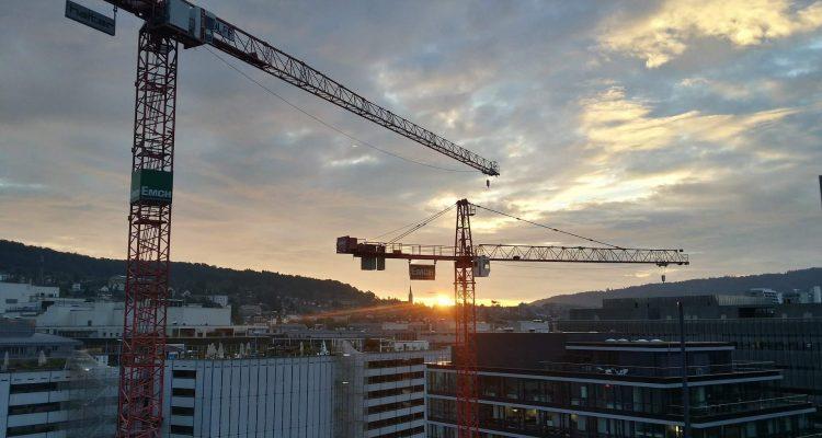 Sunset Crane Photography Going Viral